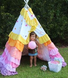 Child's ruffle Play Teepee Tent, Rit Dye,  DIY kids Projects with velcro #buttons on #365daysofcrafts