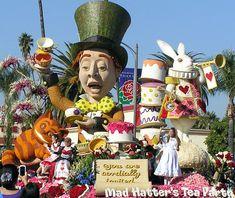 Rose Parade - Tournament of Roses Parade Float - volunteering to decorate floats at the Rose Parade - Pasadena Rose Parade