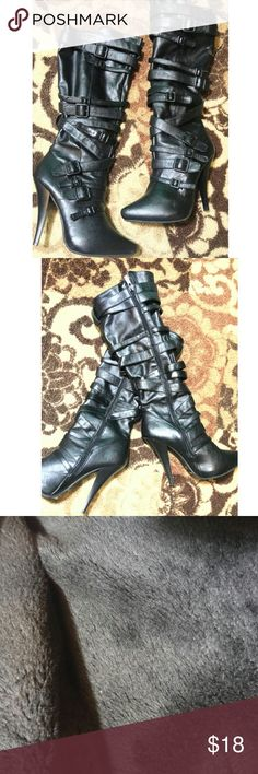 Size 7 Black JustFab Boots Black knee high boots! Very cute, good condition, soft faux fur lining, worn maybe twice! Size 7 JustFab Shoes Heeled Boots