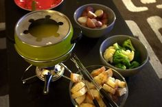 The Best Dippers for Cheese Fondue - Ideas for Cheese Fondue Dippers and Accompaniments
