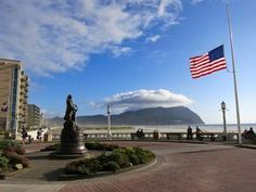 6 Fun Things to Do in Seaside Oregon: The Seaside Promenade