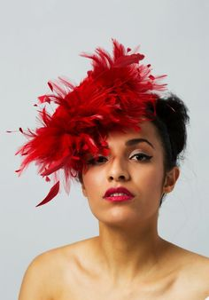 Red Fascinators For Weddings - Wedding and Bridal Inspiration Wedding Fascinators, Headpiece Wedding, Red Fascinator, Racing Events, Feather Hat, Flower Bomb, Red Wedding, Color Trends, Hats For Women