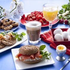 aamupala Second Breakfast, Gabriel, Panna Cotta, Picnic, Ethnic Recipes, Food, Breakfast, Archangel Gabriel, Dulce De Leche