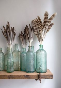 9 Flattering Tricks: Vintage Home Decor vintage home decor antiques laundry rooms.Vintage Home Decor Apartment Shabby Chic vintage home decor cottages shabby chic.Vintage Home Decor Romantic Rustic. Old Bottles, Antique Bottles, Vintage Bottles, Glass Bottles, Vintage Perfume, Perfume Bottles, Décor Antique, Antique Glass, Bottle Display
