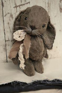 Artist Bear handmade Bunny Elsa by bearwithmee on Etsy, £90.00