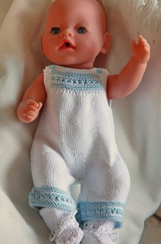 All over the world people are knitting doll clothes to Baby born, which perhaps…