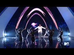 Chris Brown VMAS 2011