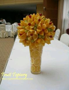 Fruit Carving Arrangements and Food Garnishes: Fruit and Vegetable Topiary - Obst Edible Fruit Arrangements, Flower Arrangements, Floral Arrangement, Fruit Display Wedding, Fruits Decoration, Deco Fruit, Fruit Creations, Creative Food Art, Fruit And Vegetable Carving