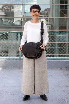 News お知らせ Mature Fashion, 50 Fashion, Skirt Fashion, Womens Fashion, Sport Casual, Casual Chic, Style Me, Cool Style, Advanced Style
