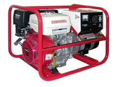 http://sieuthidienmaychinhhang.vn/vi/san-pham/may-phat-dien-honda-sh5500-4-kva-401.html Máy phát điện Honda SH5500-4 KVA Tần số: 50 / 60Hz Kiểu: Tự kích từ, 2 cực, từ trường quay Điện áp xoay chiều: 220 / 240V Công suất liên tục: 4.0 / 4.3kVA Công suất tối đa: 4.4 / 4.7kVA Kiểu điều chỉnh điện áp: Tụ điện Hệ số công suất: 1.0 Số pha: 1 Model: GX390 Kiểu: Động cơ 4 thì, kiểu OHV, làm mát cưỡng bức bằng gió, 01 xi lanh Đường kính x khoảng chạy: 88x64 Dung tích xi lanh: 389cc Tốc độ quay…