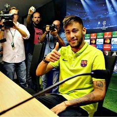 Press conference Neymar Jr, Barcelona, Good Soccer Players, Football Love, World Cup 2014, My Guy, Jay Park, Guys, My Love
