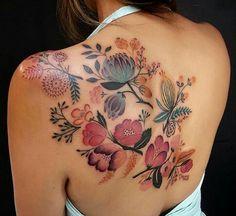 50 Adorable Back Tattoos For Women Inspiration 32 – Rema Selena Tatoo Floral, Floral Back Tattoos, Boho Tattoos, Floral Tattoo Design, Flower Tattoo Designs, Unique Tattoos, Beautiful Tattoos, Body Art Tattoos, Tatoos