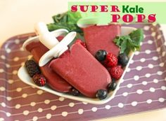 Super Kale Pops!  All you need is 4 ingredients and 15 minutes!