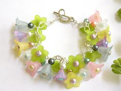 Multi Colored Lucite Flower Bracelet Handcrafted Pastel Glass Pearl Silver by BlondePeachJewelry on Etsy