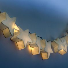 We love these in our house :: star twinkle lights