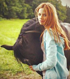 Hanna Binke, Horse Dance, Horse Ears, Black Stallion, Horse Photos, Love Stars, Cute Funny Animals, Mothers Love, The Girl Who