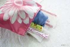 How to Make a Period Kit for Girls: 10 Steps - wikiHow