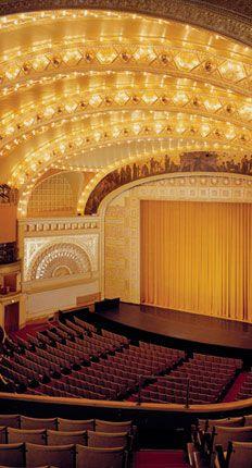 Auditorium Theatre :: purchasing tickets Sister Act in Nov/Dec