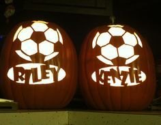 soccer pumps Halloween Craft Activities, Halloween Crafts, Halloween Ideas, Halloween Party, Halloween Costumes, Cute Pumpkin Carving, Carving Pumpkins, Painted Pumpkins, Soccer Decor
