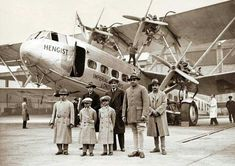 HH Maharaja Umaid Singh of Jodhpur (second from right) with his brothers and sons at Croydon airport before their tour of Europe in Son Hanwant Singh (far left) succeeded him in 1947 Rolls Royce India, Delhi Red Fort, Croydon Airport, Flying Vehicles, Old Planes, Passenger Aircraft, History Of India, British Airways, Air Travel
