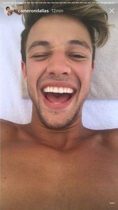 Cameron Dallas  I Love this smile