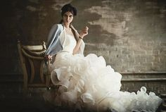 20 Breathtaking Wedding Dresses for Glamorous brides