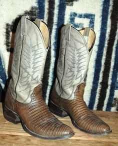 3bb2c7a01 24 Best Leather Boots, Western Wear Boots Cowboy, Cowgirl, Frye ...