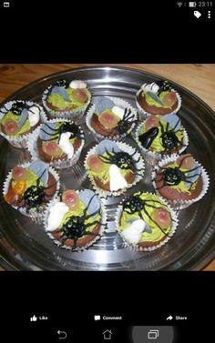 Halloween cupcakes..