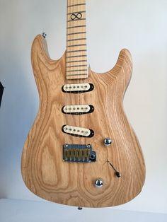 Confira aqui http://mundodemusicas.com/lojas-instrumentos/ as melhores lojas online de Instrumentos Musicais.
