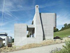Chienbergreben House | Gelterkinden, Switzerland | Buchner Bründler | photo by Ruedi Walti