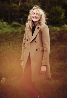 Sophie Dahl Enters the Wilderness for Aubin & Wills F/W 2012 Campaign by Annemarieke van Drimmelen - what a stunning model! Love this shoot! Sophie Dahl, Amy, Vogue, Lifestyle Photography, Color Photography, Style Icons, Beautiful People, Beautiful Women, Winter Outfits