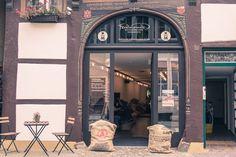 Der ultimative City Guide für eine Städtereise nach Osnabrück. Wo findet man die besten Cafés? Wo kann man in Osnabrück gut shoppen? Hier findet ihr alle Tipps!