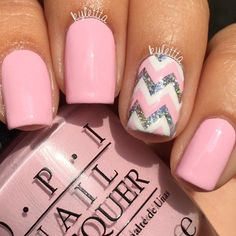 Pale pink manicure with pink, white, and glitter chevron accent nail - Best Nail Art Designs Pink Manicure, Diy Nails, Cute Nails, Pretty Nails, Manicure Ideas, Nail Tips, Nail Ideas, Glitter Manicure, Do It Yourself Nails