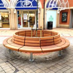 Westbrook Seat, Circular Seat, Tree Seat, Woodscape, Bespoke, Hardwood, Seat, Bench, Curved Seat, Straight Seat, Innovative, Hardwood, Timber, Street Furniture, Outdoor Furniture, Urban Realm, Public Spaces, Georges Yard, Essex, Shopping Centre