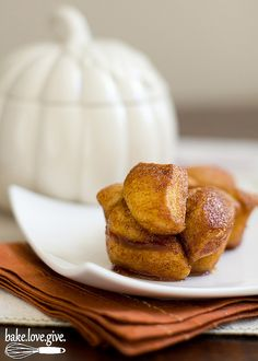 Pumpkin spice caramel sauce turns ordinary canned biscuits into an incredible fall flavored monkey bread.