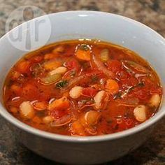 This is a tomato-based bean soup made piquant with oregano, thyme, and fresh parsley. Buy a fabulous olive oil so that you can enjoy its fruity taste in a very classical Greek soup. Greek Recipes, Soup Recipes, Fasolatha Soup Recipe, Cooking Beets, Cooking Bacon, Cooking Spaghetti, Spaghetti Squash, Using A Pressure Cooker, Greek Dishes