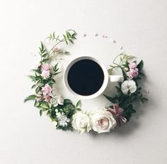 Woman Keeps Beautiful Visual Diary of Coffee She Drinks Surrounded by Flowers floral coffee art But First Coffee, I Love Coffee, Coffee Art, Coffee Break, Coffee Time, Morning Coffee, Coffee Shop, Coffee Mugs, Happy Coffee