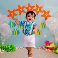 A imagem pode conter: 1 pessoa, em pé 2nd Birthday Party Themes, Baby Boy 1st Birthday, Octonauts Party, Happy Party, Baby Shark, Bernardo, Lucca, Shark Party, Toddler Boy Birthday
