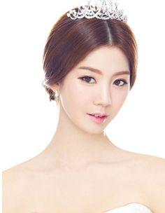 Korean bride hair and make up