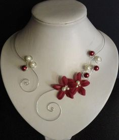 Bridal necklace - bridal necklace - glass beads and silk - Burgundy and ivory (or white) - silver pl Clay Jewelry, Jewelry Crafts, Beaded Jewelry, Handmade Jewelry, Beaded Bracelets, Custom Jewelry, Wire Necklace, Bridal Necklace, Silver Necklaces