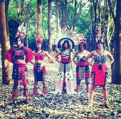 Models wearing Traditional attires of Nagaland. #Fashionable&Stylish #Nagaland #Northeastyle  Source: @alle_kendall_jenner