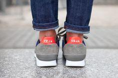 VEJA Holiday B Mesh Nautico Grey Oxford Grey. Available on veja.fr #veja #vejashoes #fairtradeshoes