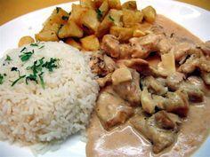 Carne a la Stragonoff Brazillian Food, Lard, Tasty, Yummy Food, Hungarian Recipes, Meat Recipes, Curry, Food And Drink, Chicken