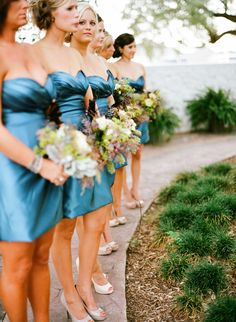 omg that is exactly like what i want my bridesmaids to look like.. just different colors!
