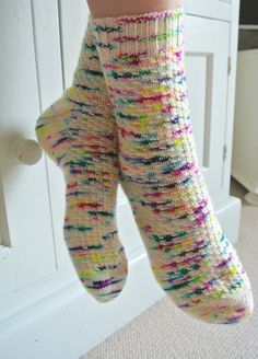 Socks - Part 2 - by Sew Sweet Violet. Info about knitting socks