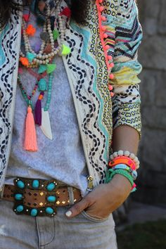 Love all the accessories and bright colors!!!!