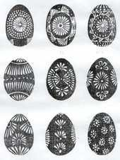 vasku marginti kiausiniai Easter eggs - margučiai - comprise a special type of Lithuanian folk art. Egg Crafts, Easter Crafts, Polish Easter, Easter Egg Pattern, Greek Easter, Easter Egg Designs, Ukrainian Easter Eggs, Easter Traditions, Egg Art