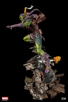 XM Green Goblin goes online today 16.10.2018 at 19:00 o´clock (GermanTimeZone) on our homepage www.xm-studios.shop and will be closed after 2 month at 16.12.2019. He will be retailing at €1190 or €1071 with full payment, Made to Order (MTO) edition size. After orders taken within the 2 month period at our online store XM will not produce anymore pieces. Don't miss the chance to own Norman Osborn's Green Goblin! The most dangerous villain to fight Spider-Man! Safe your Pre-Order!
