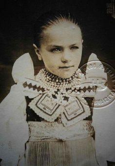 Vazec, Slovakia Vintage Cards, Vintage Photos, Heart Of Europe, St Paddys Day, Folklore, Decoupage, Batman, Culture, Costumes
