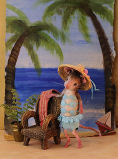 Bathing beauty by Mousehouses. The mouses are sewn, not felted.